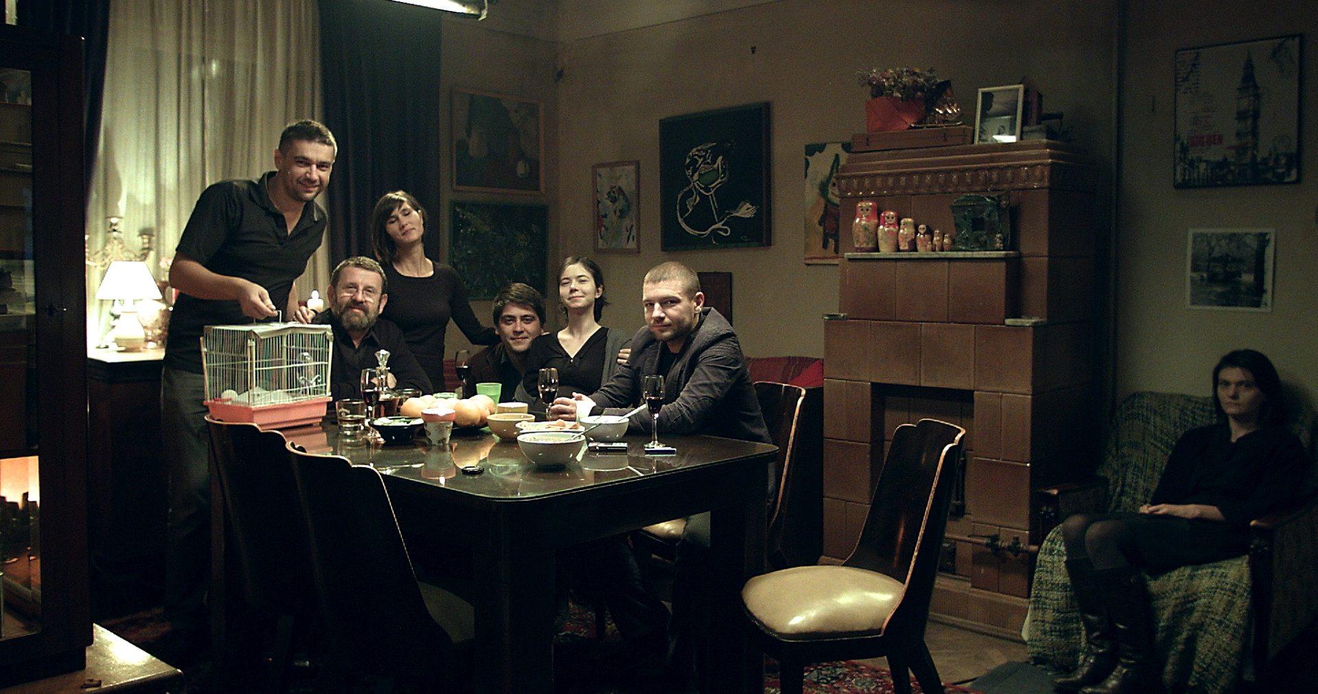 """Ilegitim"" merge la FESTIVALURI Kazahstan, Olanda, Belgia și țările nordice"